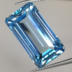 16.80ct Blue Topaz Emerald Cut