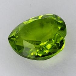 Gem gemstone GREEN PERIDOT...