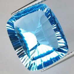 11.96 ct Blue Topaz...