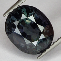 2.13ct Green spinel oval...
