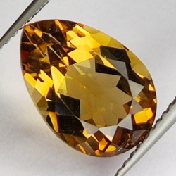 5.83ct Champagne Topas pear...