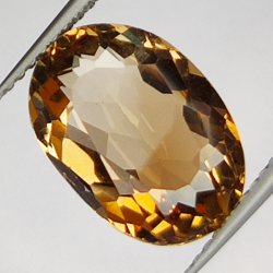 5.63ct Champagne Topaz oval...