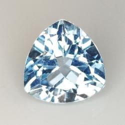Trillion cut blue topaz...