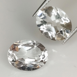 Colorless quartz (rock...