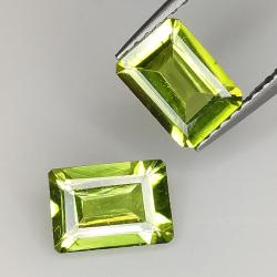 Emerald cut peridot 7x5mm 1pz