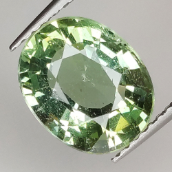 Green apatite oval size...
