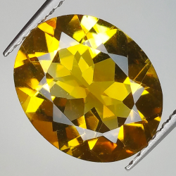 3.76ct Citrine oval cut...