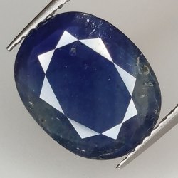 3.78ct Blue Sapphire oval...