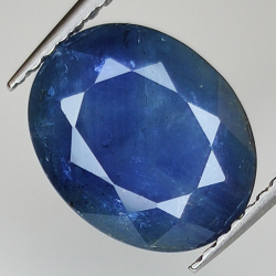 4.20ct Blue Sapphire oval...