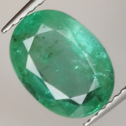 2.40ct Emerald oval cut...