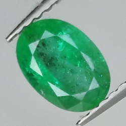 0.85ct Emerald oval cut...