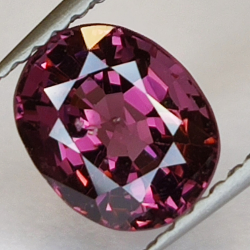 1.52ct Pink Spinel oval cut...
