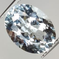 3.58ct Aquamarine oval cut...