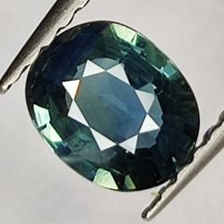 0.63ct Blue Sapphire oval...