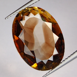 8.31ct Champagne Topaz oval...