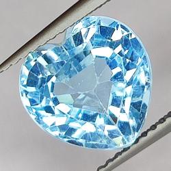 5.33ct Blue Topaz heart cut...