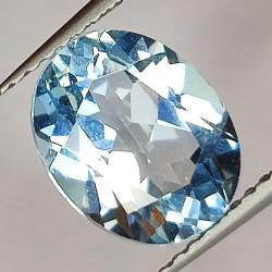 3.33ct Blue Topaz oval cut...