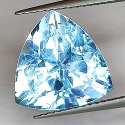 7.73ct Blue Topaz trilliant...