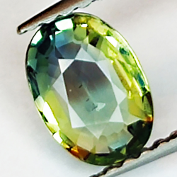 0.79ct Green Sapphire oval...