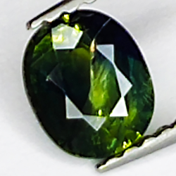 0.77ct Green Sapphire oval...