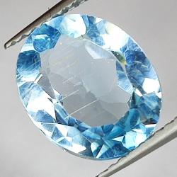3.82ct Blue Topaz oval cut...