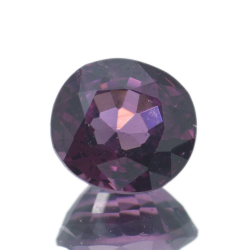 1,37 ct Spinel Oval Cut