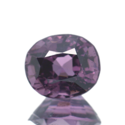 1,40 ct Spinel Oval Cut