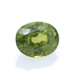 0,73ct Demantoid Oval Cut