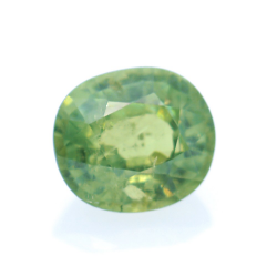 0,77ct Demantoid Oval Cut